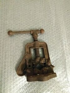 Small Reed Mfg Co Erie Pa Vintage Yolk Pipe Clamp Bench Vise 7000 Pat 1914