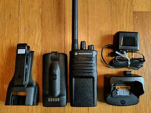 Refurbished Motorola Rmv2080 Vhf Two way Radio 2 Watts 8 Channels