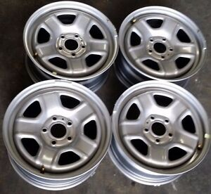 16 Jeep Patriot Compass Factory Oem Steel Wheels Rims 16x6 1 2 2007 2016