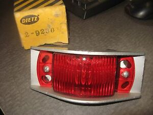 Vintage Dietz 2 9230 Red Clearance Lamp Light With 534 Lens 2 91 Body Nors