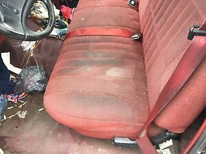 1992 1996 Ford F150 Pick Up Truck Front Bench Seat Maroon Cloth Manual