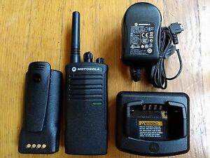 Motorola Rdx Rdu2020 Uhf Two way Radio Refurbished 2 Watts 2 Channels