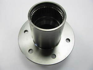New Out Of Box 4x4 Axle Hub Assembly 1 2 Ton Chevy 10 bolt Dana 44 Front Axle