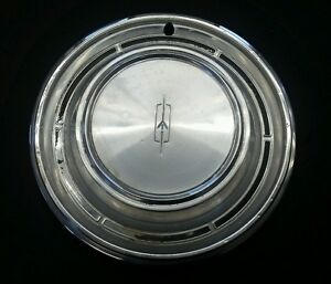 Vintage Oldsmobile Olds Hubcap Wheelcover