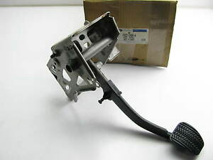 Universal Hot Rod Rat Rod Ford Chevy Dodge Brake Pedal With Bracket F6zz 2455 A