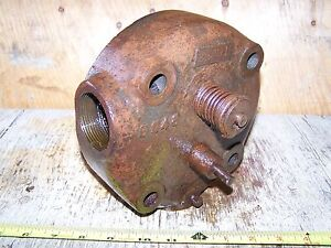 Old Rock Island Empire Alamo Hit Miss Gas Engine Head Magneto Ignitor Oiler Wow