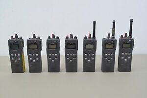 Lot Of 7 Macom Harris P5100 Model Mahm sntxx 16 Channel Handheld Radios h43