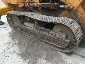 Case 850 Crawler Right 14 Triple Bar Road Track Closed Center Shoe 39 Links