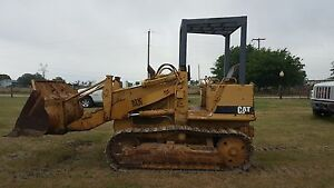 Catepillar Track Loader 931c Dozer Excavator Front End Loader Crowler
