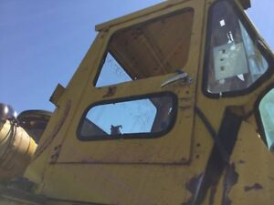 Michigan 85iiia Wheel Loader Cab Shell Has Repairs Weld Near Windshield
