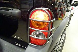 Oem Jeep Liberty Passenger Right Side Tail Light Lamp 2002 2003 2004