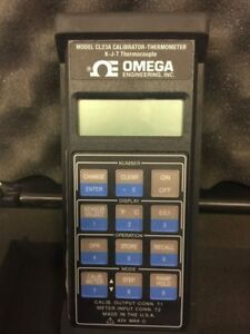 Omega Cl23a Calibrator thermometer With Case