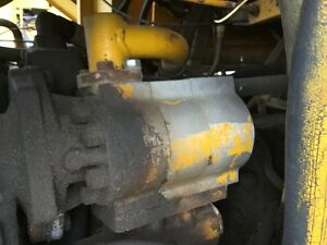 Michigan 75 cm Wheel Loader Main Hydraulic Pump Left Side Of Transfer Case