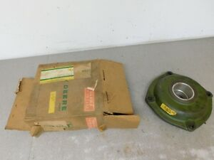 John Deere Styled A Tractor Nos Right Hand Main Bearing Housing Aa5124r 8390