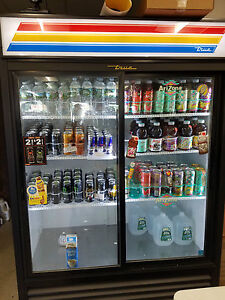 True Beverage Center Refrigerator 2 Door
