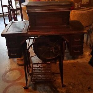 Vintage Antique Original Wheeler Wilson Sewing Machine With Wood Cabinet