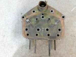 John Deere Unstyled B Tractor Cylinder Head B357r 6666