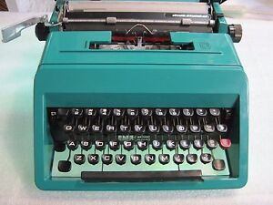 Vintage Olivetti Studio 45 Manual Typewriter Teal W Case And Warranty