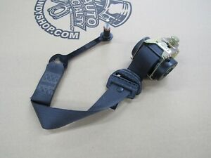 2004 2006 One Pontiac Gto Oem Seat Belt Retractor Front Lh Driver Side 2a4