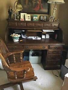 Ethan Allen Oak Roll Top Desk And Chair Beautiful