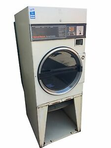 Used Commercial Dryer speed Queen 30 Lb Coin Frontload Dryer