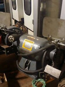3 4 Hp 8 Baldor 8252w Double End Pedestal Grinder 208 230 460v 3 Ph 60 Hz
