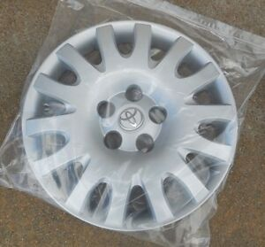hubcap 2002 toyota camry in stock replacement auto auto parts ready to ship new and used. Black Bedroom Furniture Sets. Home Design Ideas