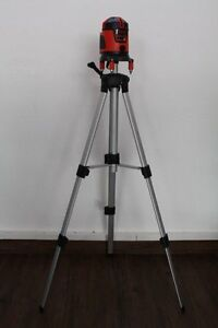 Construction Tripod Laser Leveling Tripod Crank Tripod Top 15 11 16 47 3 16in