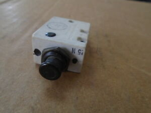 1 Ea Nos 1 Amp Circuit Breaker Used On Various Aircraft P n 1500 001 1