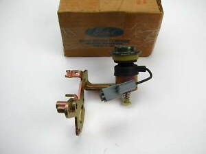 Nos Oem 1985 1986 Ford 6 1l 370 Medium Truck Holley 2bbl Carb Idle Stop Solenoid