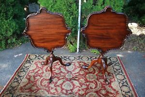 1920s English Chippendale Mahogany Tilt Top Tables Side Tables End Tables