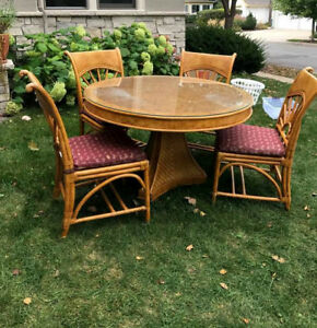 Vintage Bentwood Rattan Dining Room Table And 4 Chairs