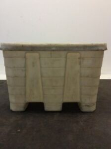 Plastic Industrial Container With Lid 42 1 2 lx42 1 2 wx29 h