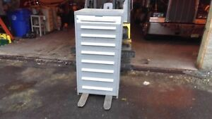 Stanley Vidmar Tool Cabinet 9 Drawer W 6 Dividers Good Condition