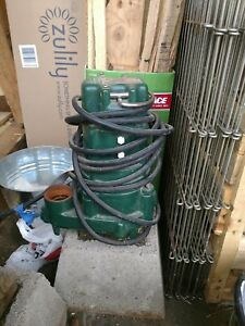 Zoeller 1hp Submersible Sump Pump With Switch Included Cast Iron Base Material