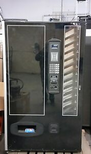 Usi Cb700 Soda Beverage Vending Machine Cans Bottles