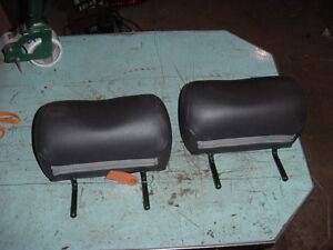 2002 02 Saab Rear Head Rest Black Leather Seat Headrest Left Right Lot Of 2