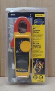 Fluke 323 True Rms Ac Clamp Meter W leads And Case New 772346