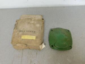John Deere 60 Tractor Nos Left Hand Governor Bearing Housing A3285r 10583