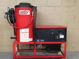 Used Hotsy 982ss 1ph Natural Gas 3 9gpm 2000psi Hot Water Pressure Washer