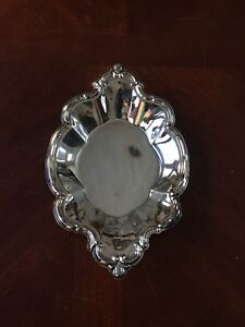 Vintage International Silver Company Silverplate Tray Nut Candy Dish 448 Orleans