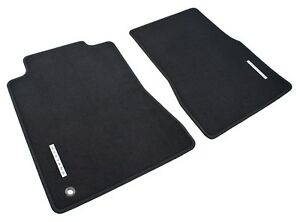 2005 2009 Genuine Ford Mustang Black 2pc Front Floor Mats W Emblem