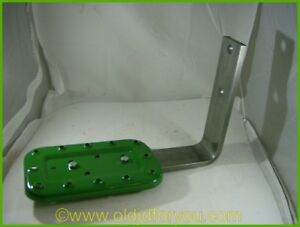 John Deere Step Assembly Aa6092r Fits Your A B G And More Buy Direct