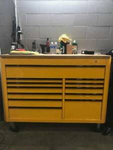 Mac 1850 12 Drawer Tool Box In Starburst Yellow With Wood Top