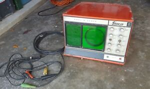 Vintage Snap on Anal O Scope Mt 615 Oscilloscope Powers On not Tested