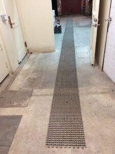 Stainless Steel Conveyor Belt 39 Feet By 17 7 8 Inches Wide