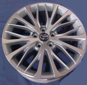 18 Toyota Camry 2018 Oe Alloy Wheels 4 18x8 Machine Silver Oem Rims