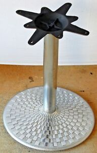 Restaurant Table Base Heavy Silver Metal Cool Design 23 Round Base Mexico