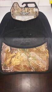Brand New Realtree Outfitters Xtra Floor Mats
