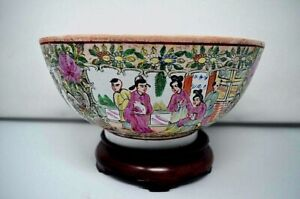 Large 10 Chinese Famille Rose Medallion Bowl Qianlong Da Qing Era Hand Painted